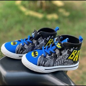 Batman Logo Casual High-Top Sneaker Toddler Shoe